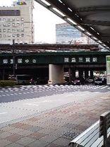 201046
